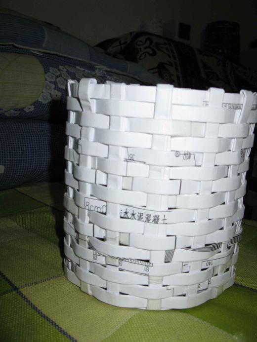 家居清洁妙招_巧用A4打印纸做收纳筐 - 生活妙招网