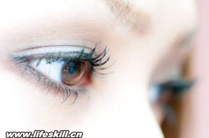 让眼睛变漂亮的小窍门图片