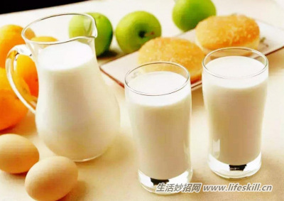 喝牛奶全脂、脱脂怎样选?